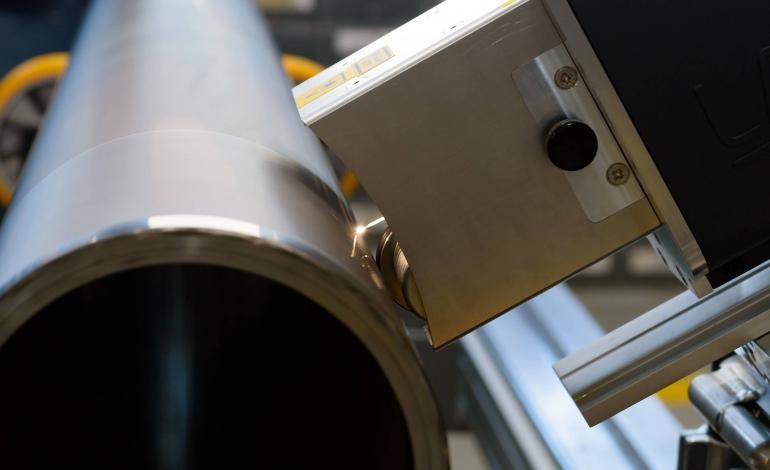Стационарно лазерно почистване на анилоксови валове